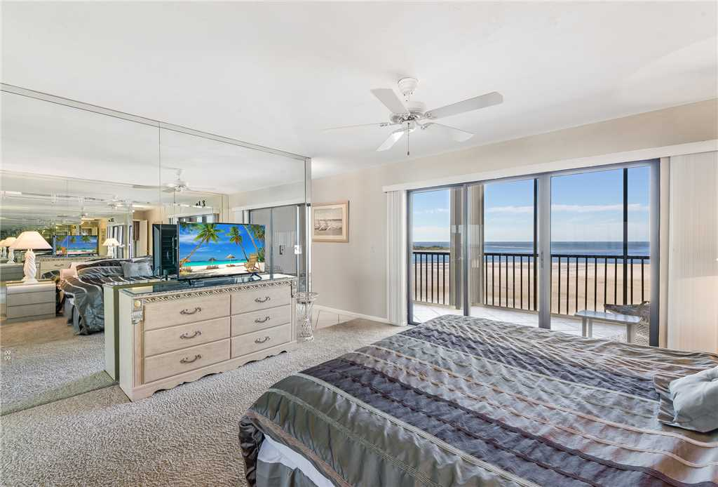 Carlos Pointe PH1 Penthouse 4 Bedrooms Gulf Front Heated Pool Sleeps 10 Condo rental in Carlos Pointe in Fort Myers Beach Florida - #14