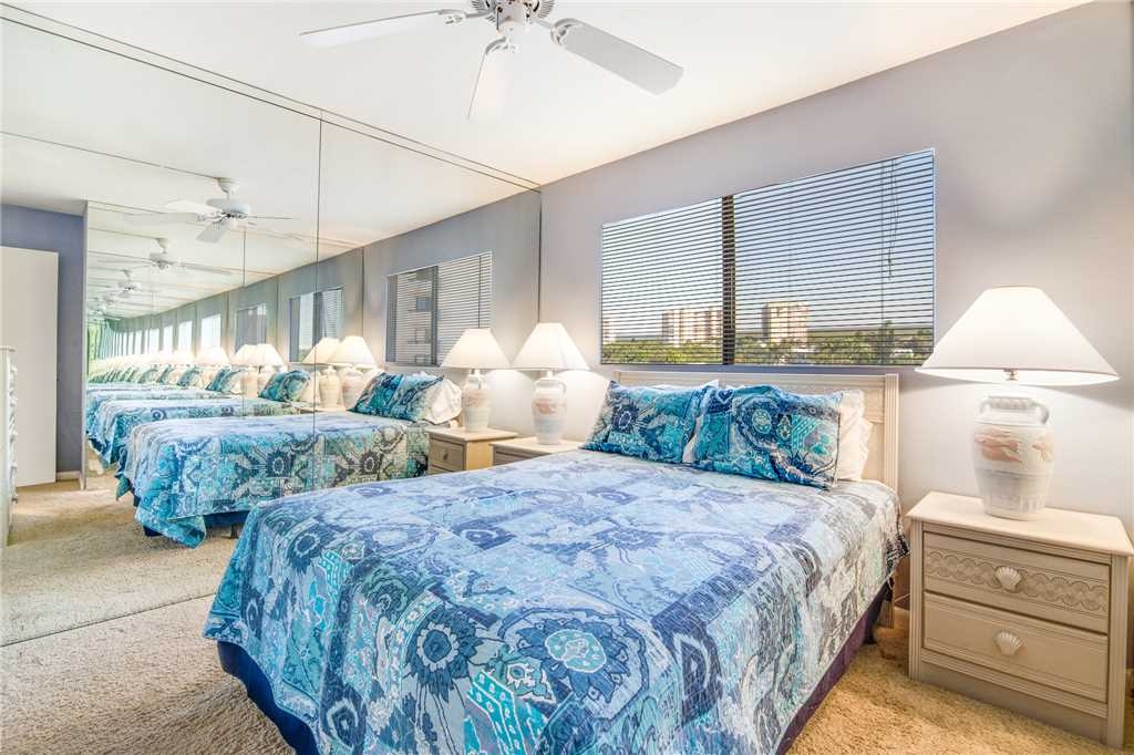 Carlos Pointe PH1 Penthouse 4 Bedrooms Gulf Front Heated Pool Sleeps 10 Condo rental in Carlos Pointe in Fort Myers Beach Florida - #19