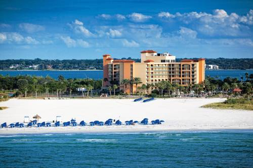 Sheraton Sand Key Resort - https://www.beachguide.com/clearwater-beach-vacation-rentals-sheraton-sand-key-resort--1693-0-20168-5121.jpg?width=185&height=185