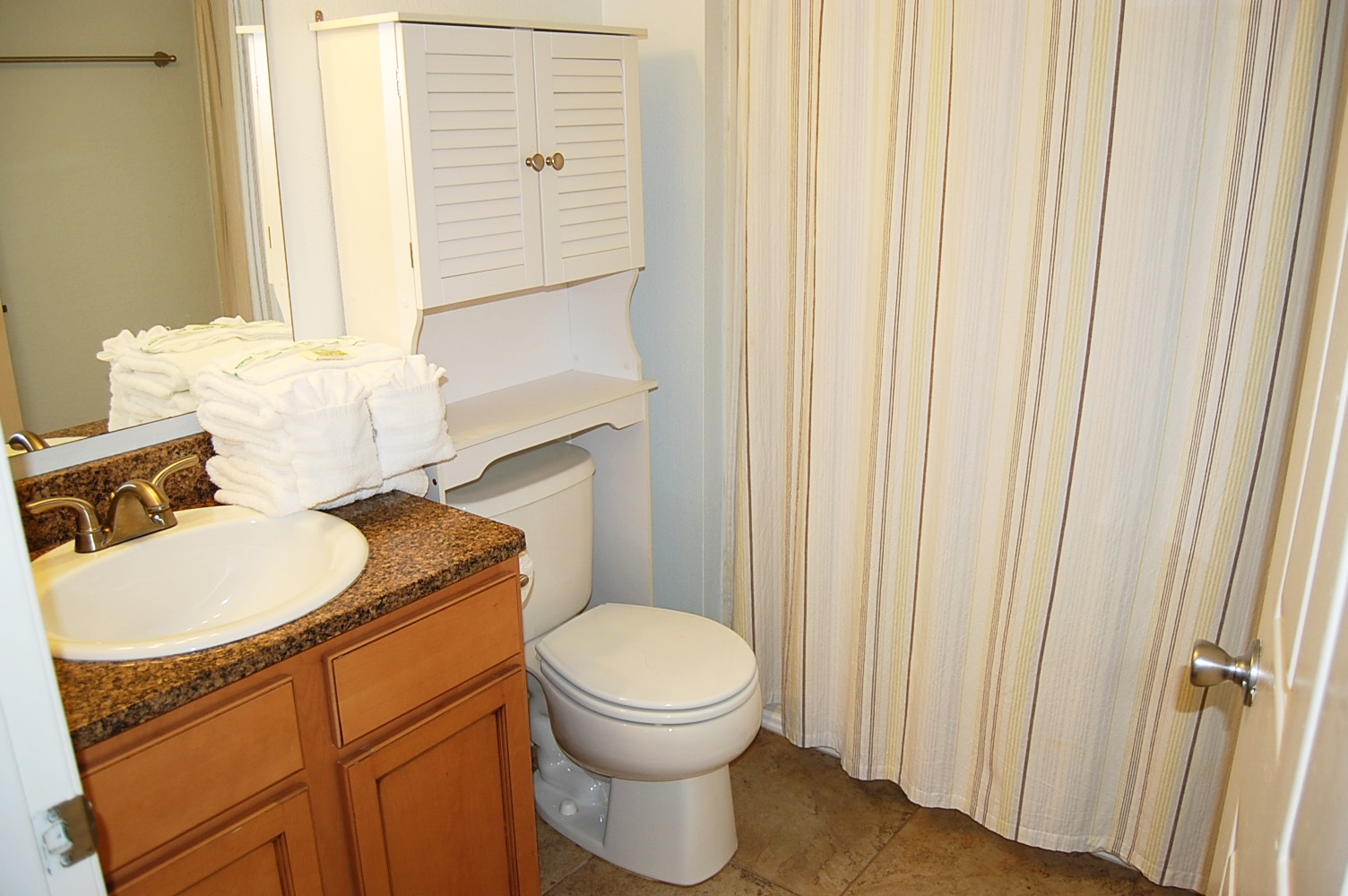 Colony Club M5 Condo rental in Colony Club Condos ~ Gulf Shores Condo Rentals by BeachGuide in Gulf Shores Alabama - #17