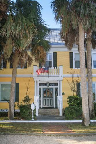 Coombs Inn and Suites in Apalachicola FL 39
