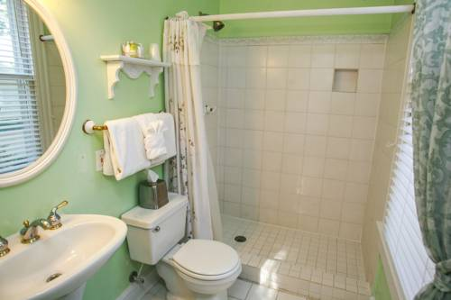 Coombs Inn And Suites in Apalachicola FL 90