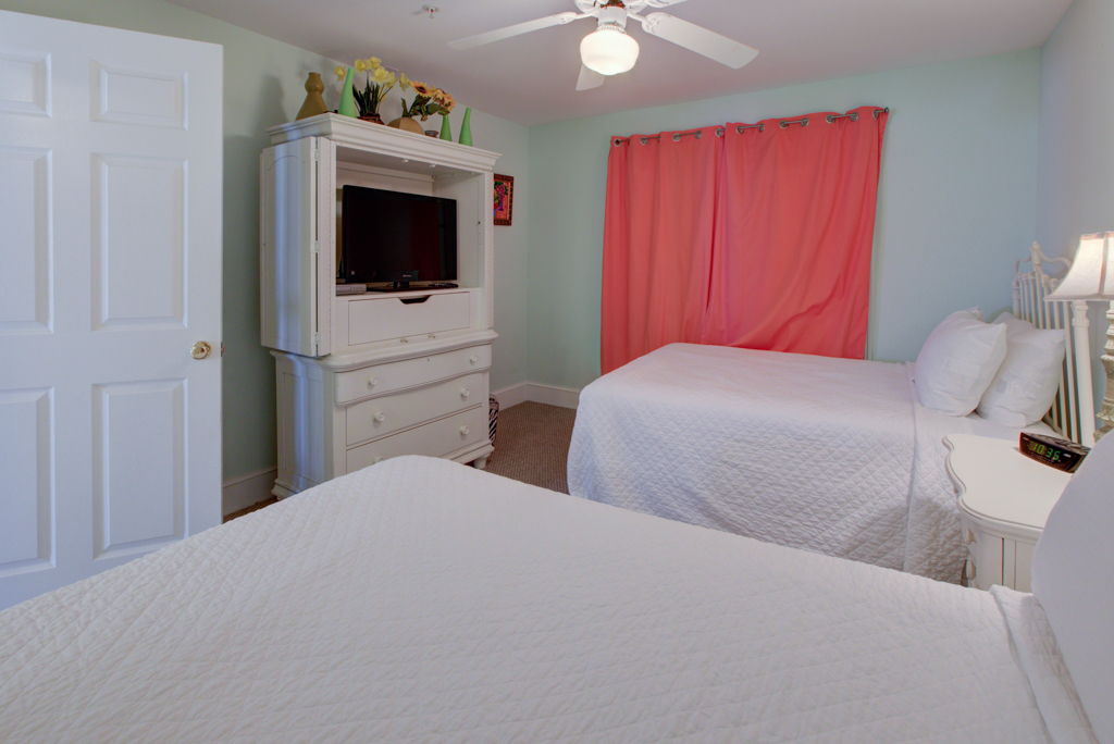 Crystal Dunes 106 Condo rental in Crystal Dunes Destin in Destin Florida - #10