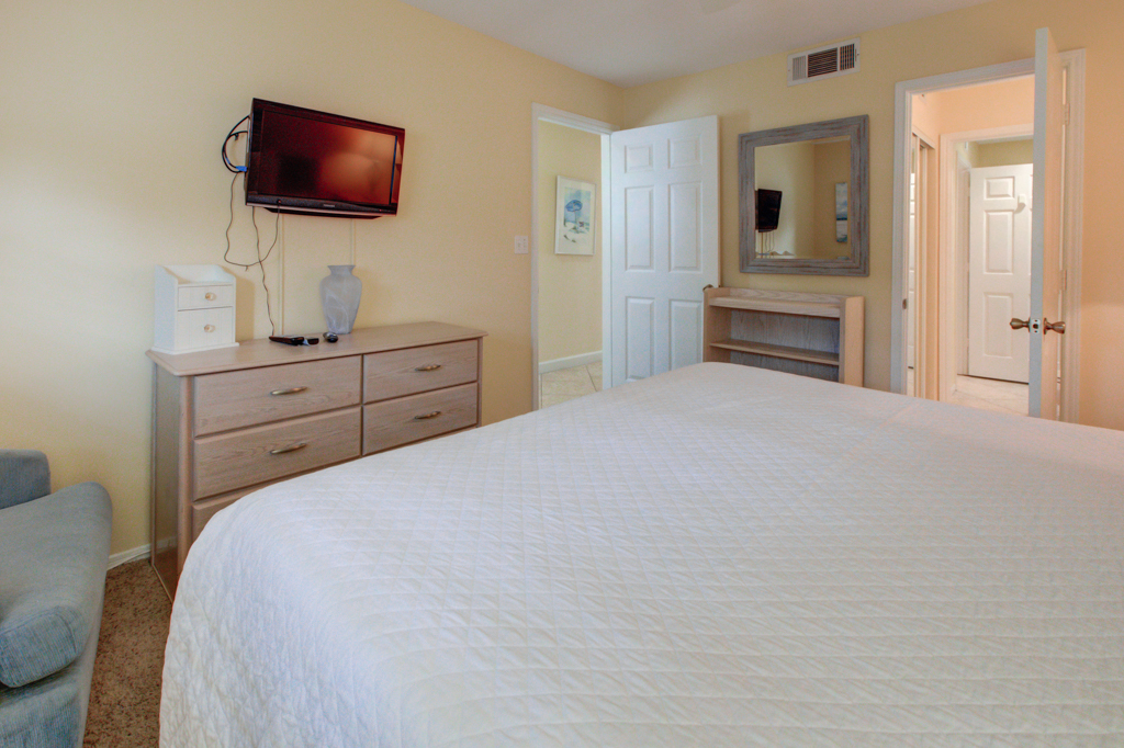 Crystal Sands 101A Condo rental in Crystal Sands Destin in Destin Florida - #13