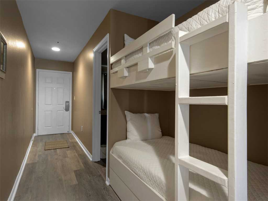Crystal Sands 107B Condo rental in Crystal Sands Destin in Destin Florida - #19