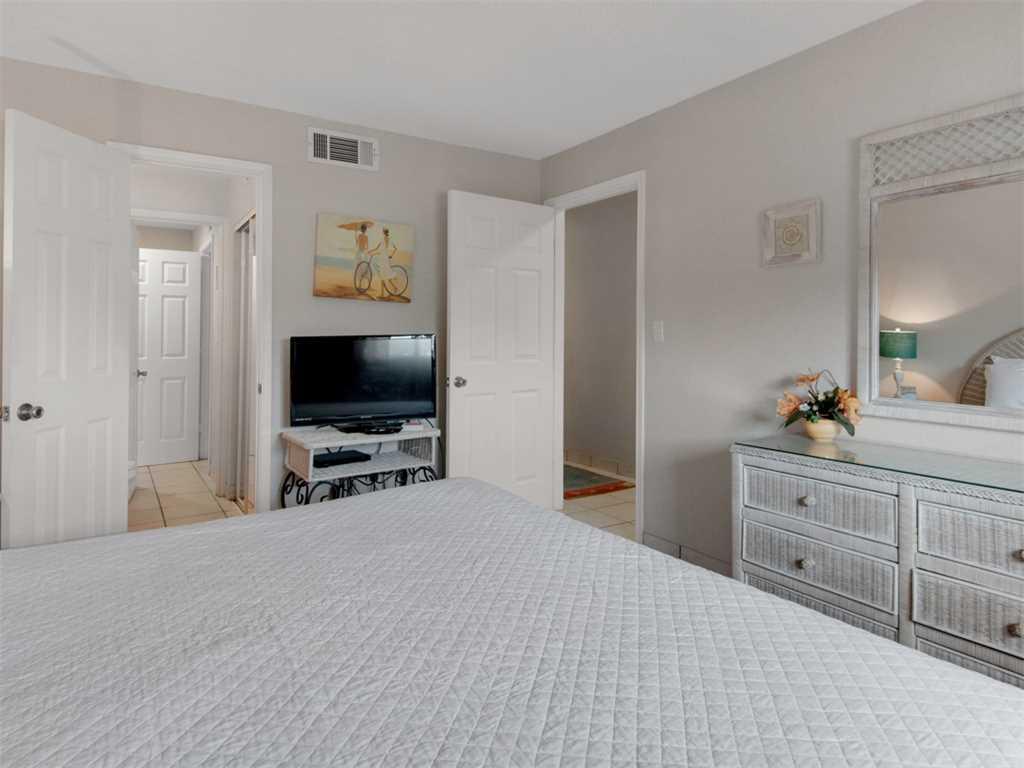 Crystal Sands 212A Condo rental in Crystal Sands Destin in Destin Florida - #9