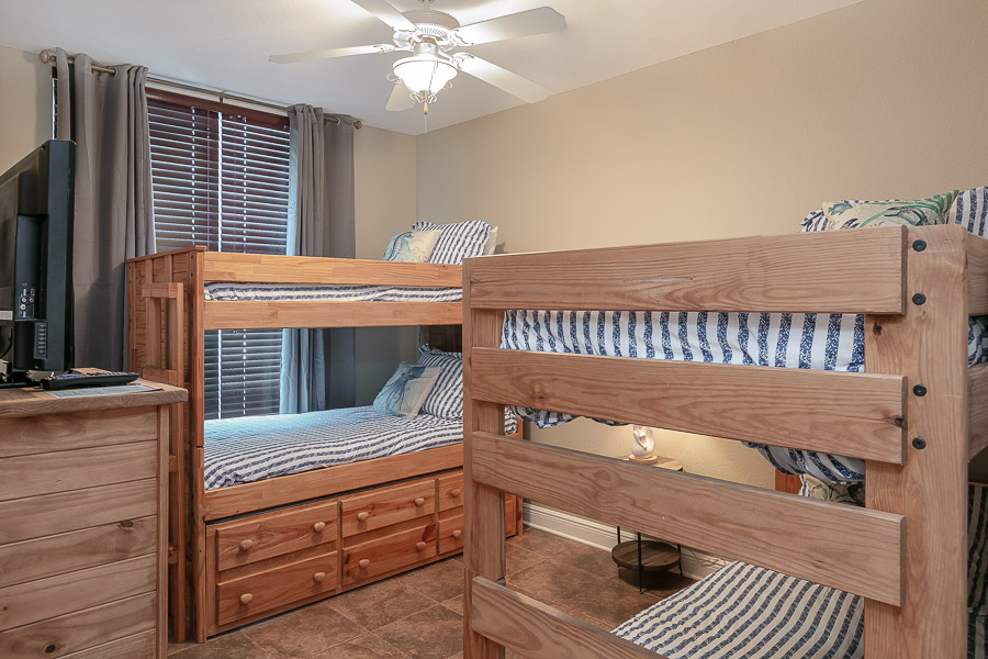 Crystal Shores West #201 Condo rental in Crystal Shores West  in Gulf Shores Alabama - #11