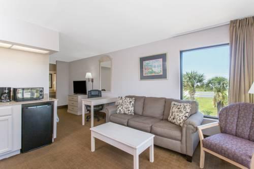 Days Inn & Suites Navarre Conference Center in Navarre FL 16