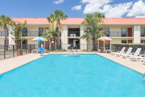 Days Inn & Suites Navarre Conference Center in Navarre FL 18