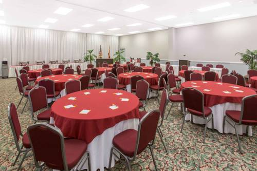 Days Inn & Suites Navarre Conference Center in Navarre FL 20