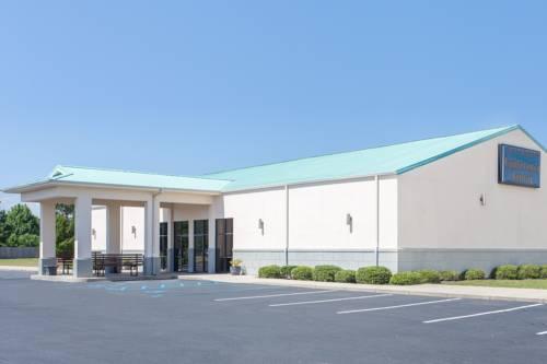 Days Inn & Suites Navarre Conference Center in Navarre FL 21