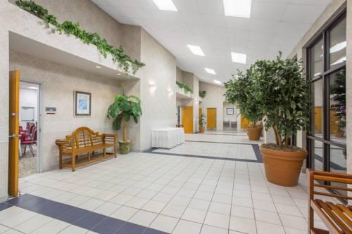 Days Inn & Suites Navarre Conference Center in Navarre FL 23