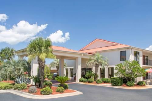 Days Inn & Suites Navarre Conference Center in Navarre FL 31