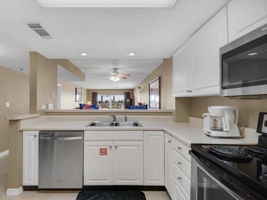 Destin Towers 1C Condo rental in Destin Towers Condo Rentals ~ Destin Vacation Rentals by BeachGuide in Destin Florida - #13