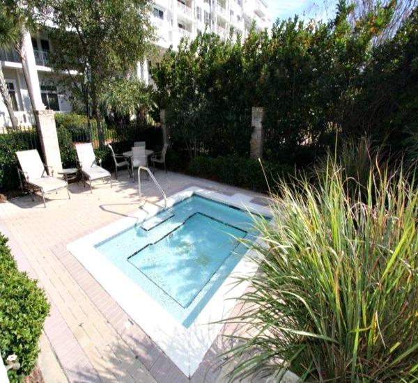 Spacious hot tub at Bahia at Sandestin Golf and Beach Resort.