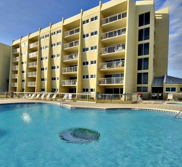Beach House Destin Florida Part - 23: Swimming Pool At The Beach House Resort Condominiums In Destin Florida.