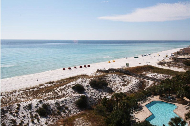 Arial view of pool and Gulf at Beachside Towers in Destin FL