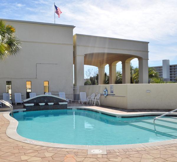 Club Destin Resort - https://www.beachguide.com/destin-vacation-rentals-club-destin-resort-pool-99-0-20154-1011.jpg?width=185&height=185
