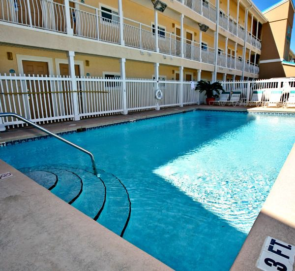 Nice pool area at Crystal Sands East and West Condominiums   in Destin Florida
