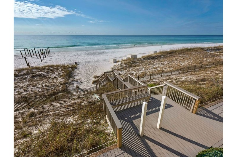 Easy access to the beach at Crystal Sands Condominiums in Destin Florida