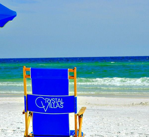 Beach services avaialable at the Crystal Villas Condominiums in Destin Florida