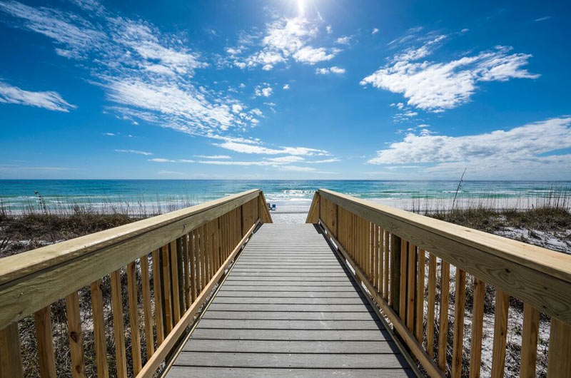 Beach walkway at Destin Seafarer in Destin FL