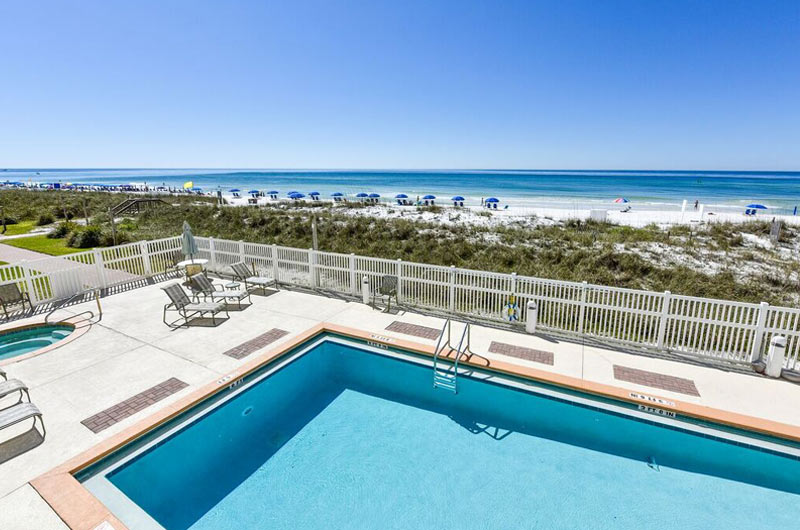 Beachside pool at Destin Seafarer in Destin FL