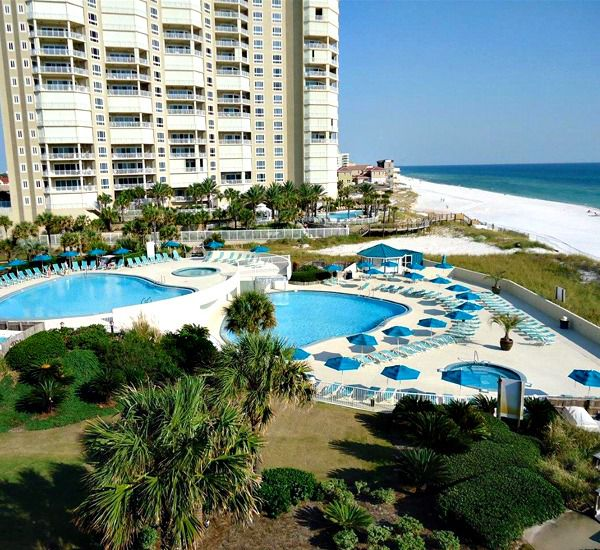 Beachside pool at Edgewater Beach Condominium in Destin Florida