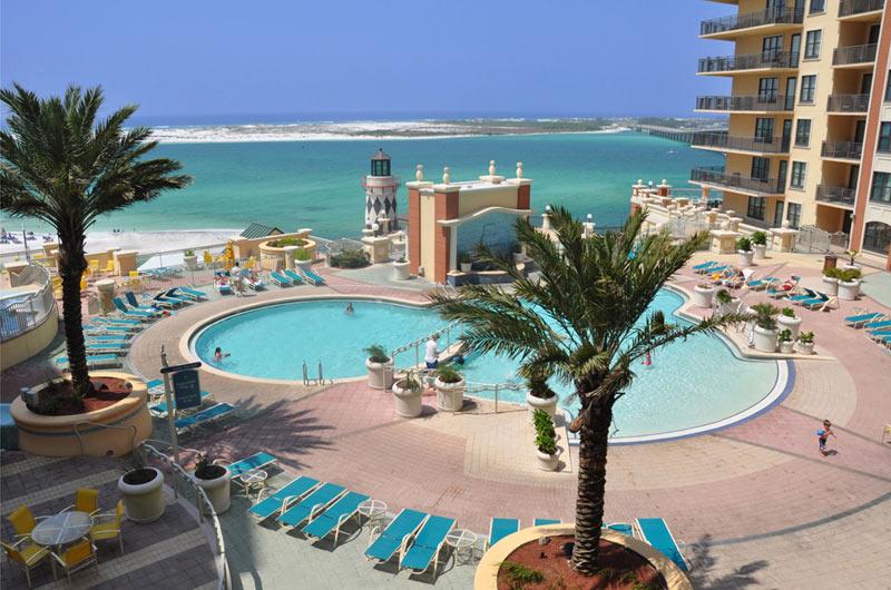 Beachside pool at Emerald Grande in Destin FL