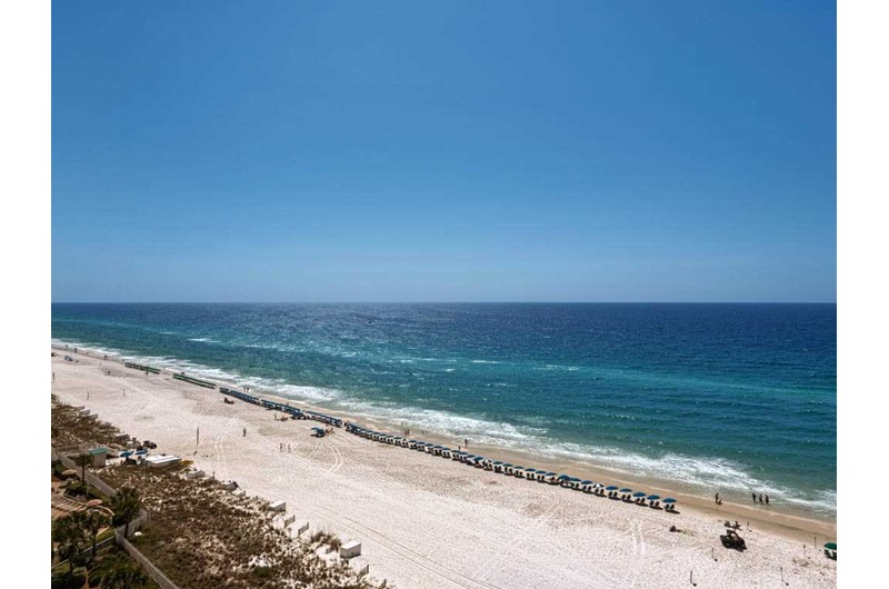 Enjoy sweeping views from Emerald Towers in Destin Florida
