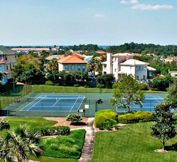 Tennis courts at Enclave Destin FL
