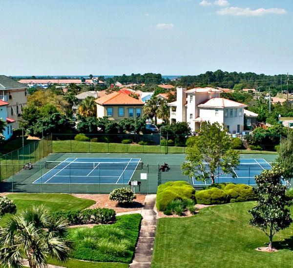 Tennis courts at Enclave Destin FL