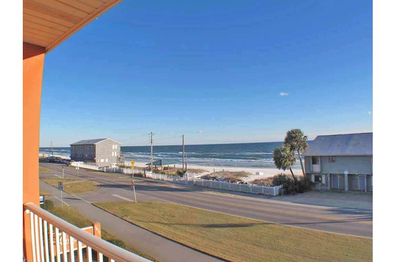 Get a look at the Gulf Across the street from Gulfview I & II Condominiums in Destin Florida.