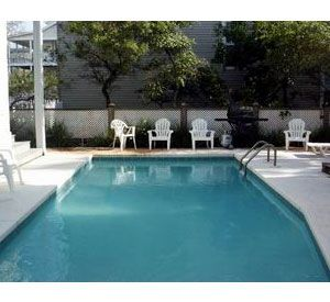 Holiday Isle Homes - https://www.beachguide.com/destin-vacation-rentals-holiday-isle-homes-640527.jpg?width=185&height=185