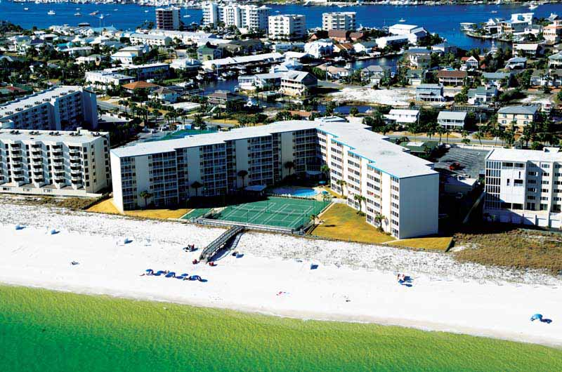 Holiday Surf & Racquet Club - https://www.beachguide.com/destin-vacation-rentals-holiday-surf--racquet-club-8710578.jpg?width=185&height=185
