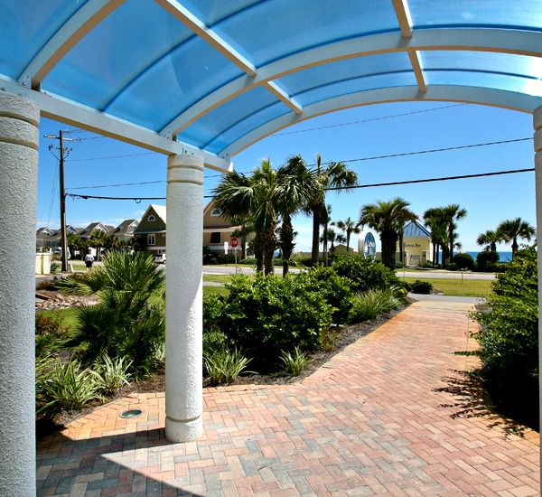 The breezeway at the Leeward Key Condominiums  in Destin Florida