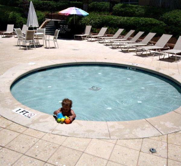 Hot tub at the Luau  in Destin Florida