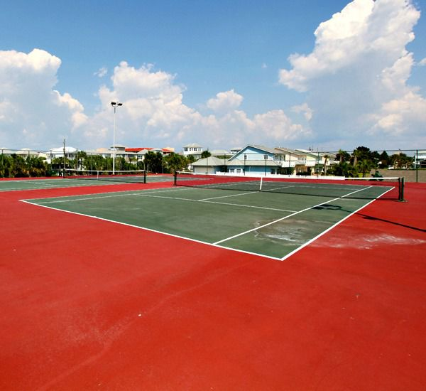 Lighted tennis courts at Mainsail Condominiums   in Destin Florida