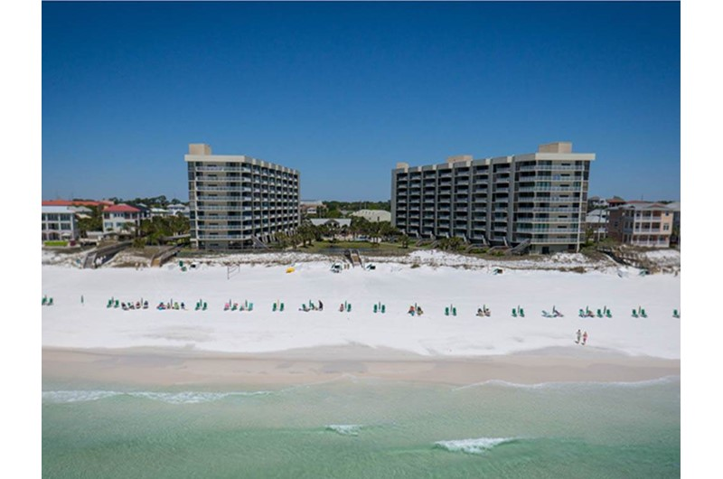 Mainsail in Destin Florida is directly on Gulf