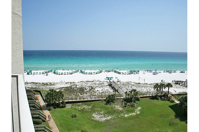 Great view of the grounds and Gulf at Mainsail in Destin Florida