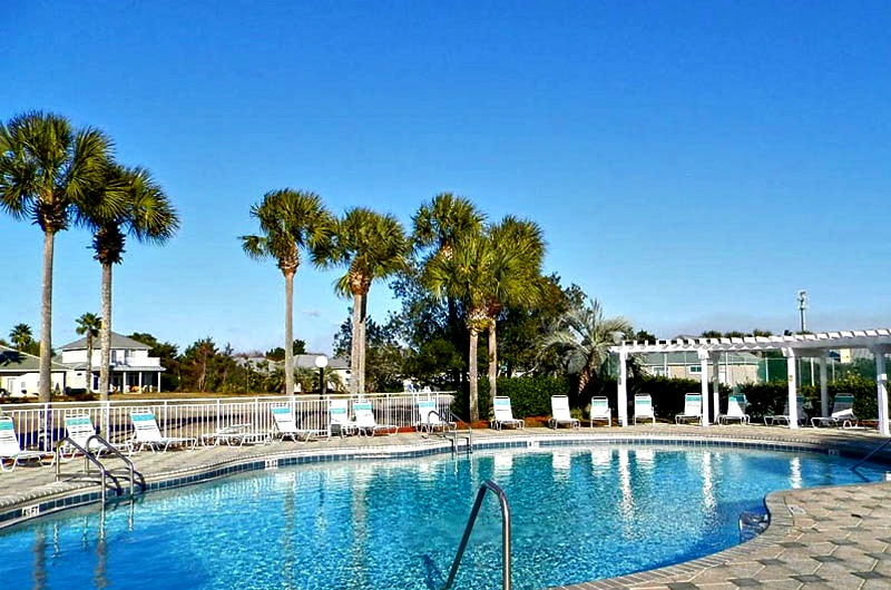 View of pool at Maravilla in Destin FL
