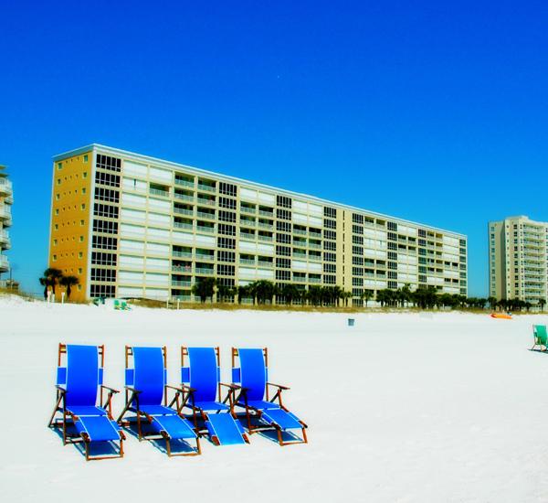 Oceania  - https://www.beachguide.com/destin-vacation-rentals-oceania-beach-491-0-20155-261.jpg?width=185&height=185