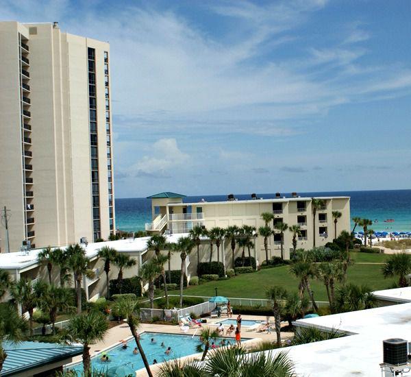 Silver Dunes Condominiums - https://www.beachguide.com/destin-vacation-rentals-silver-dunes-condominiums-8368370.jpg?width=185&height=185