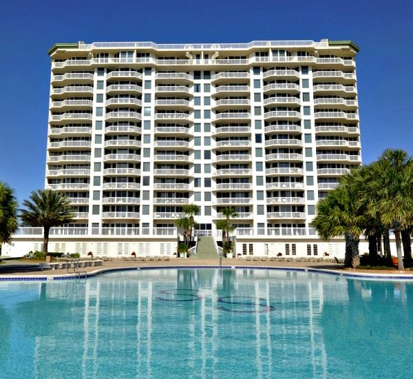 Exterior view and pool at Silver Shells Destin FL