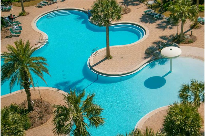 Pool area at Sterling Shores in Destin Florida