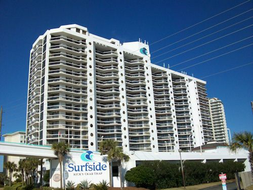 Exterior view from the street at Surfside Resort