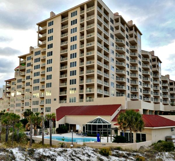Overview of TOPS'L Beach Manor in Destin Florida.