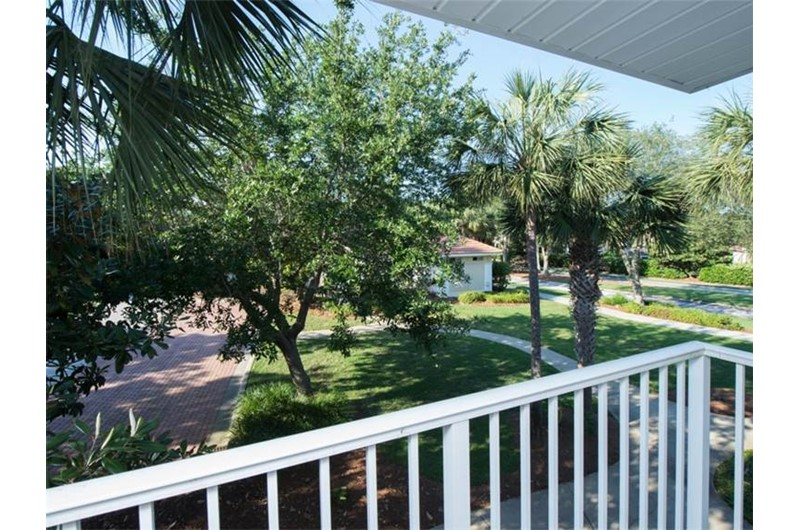 Lovely grounds at TOPS'L Captiva within TOPS'L Beach and Racquet in Destin Florida