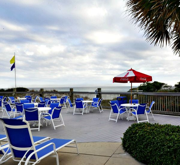 Large sundeck at TOPS'L Tides   in Destin Florida