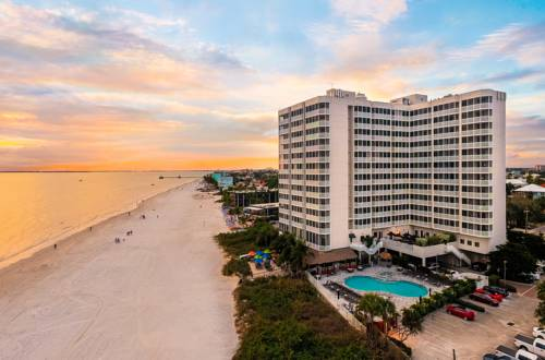 Diamondhead Beach Resort and Spa in Fort Myers Beach FL 18